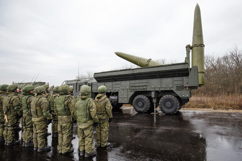 Ракетный удар России в первые же сутки отбросит экономический и оборонный потенциал Украины на...